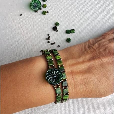 0635 Naszyjnik zielony